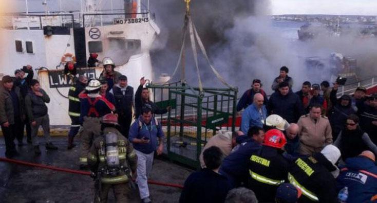 Fotos del congelador de Iberconsa que se incendió en Madryn